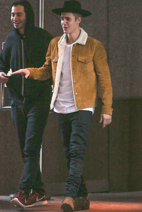 ジャスティン・ビーバー(Justin Bieber):サンローラン(Saint Laurent)
