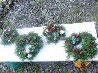 2012.12 picnic party-wreath 056