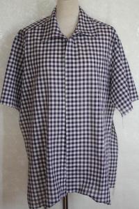 紫チェックシャツ 袖付け