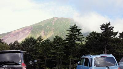 御嶽山を田の原から望む