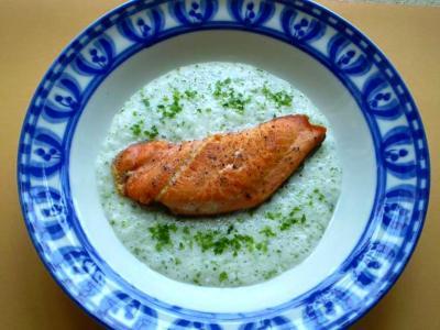 鮭のソテー・長芋ソース
