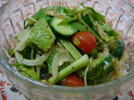 リーフセロリのサラダ