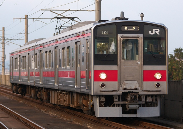 111229-JR-S-123-red-1.jpg