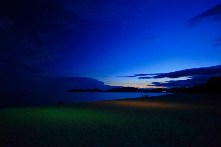 陽が落ちた虹が浜