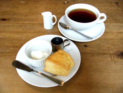 『Cafe Hi famiglia(カフェ ハイファミリア)』のスコーン