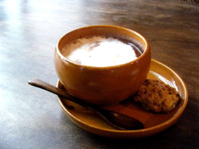 『Swing Chair & Hemp Cafe 麻よしやす』のミルクココア