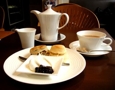 『PRIUS CAFE(プリュスカフェ)』のスコーン
