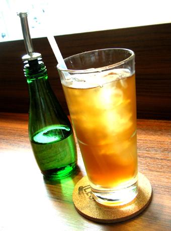『LOWER EAST SIDE CAFE(ローワー・イーストサイド・カフェ)』のBLTAベーグル