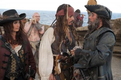 Johnny-Depp-Pirates-of-the-Caribbean-On-Stranger-Tides-movie-image-3[1]