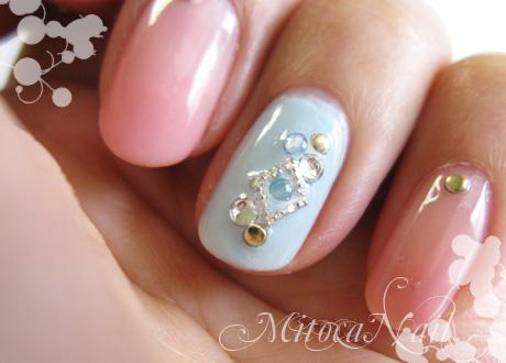 ミルクソーダ色のキラキラ宝石
