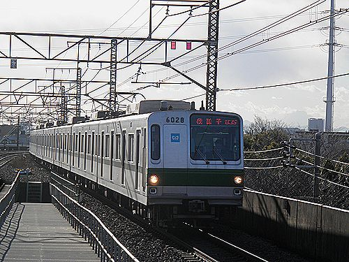 東京メトロ6000系・亀有