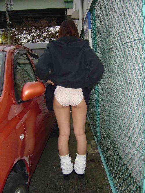 【三次・エロ画像】自分からミニスカートをめくり上げて見せパンしちゃうJK! 27枚 part.9 No.18