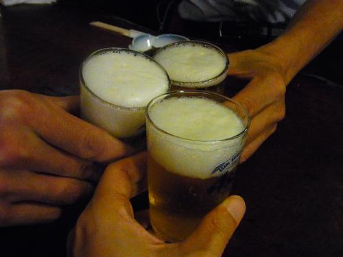 120703-013ビールで乾杯(S)