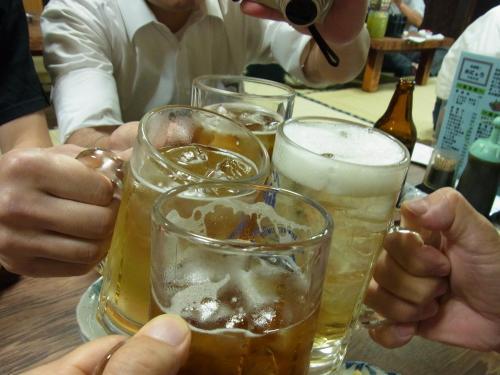 120904-005乾杯4人(S)