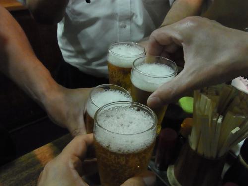 120904-022ビールで乾杯(S)