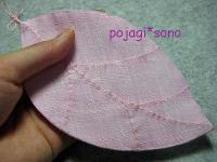 ピンクの葉っぱのコースター