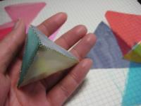 三角ピラミット型のサシェ
