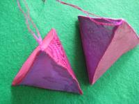 三角ピラミットのサシェ