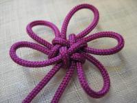 「梅花」の組み紐