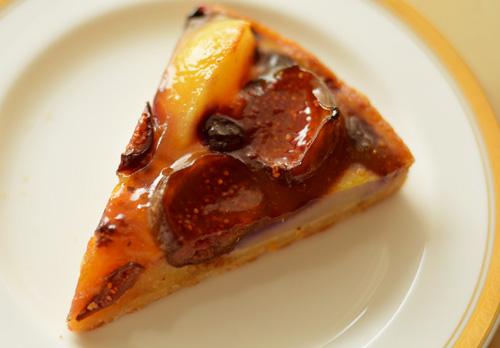 【ケーキ】パリの空の下「いちじくのタルトのアマンドゥ」 (1)