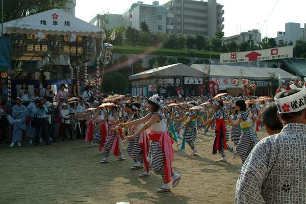 DSCF0077傘踊り