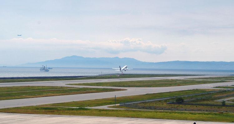 DSCF4420スカイマーク離陸