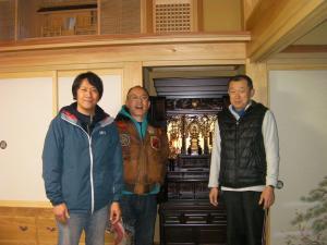 総裁と仏壇配達