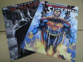 サークルKサンクスさんでバットマンとスーパーマンのクリアファイルをげっと