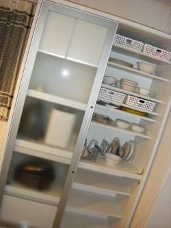 食器棚の中_convert_20101103180422