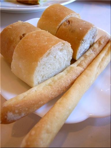 ラ・ティーナ パン