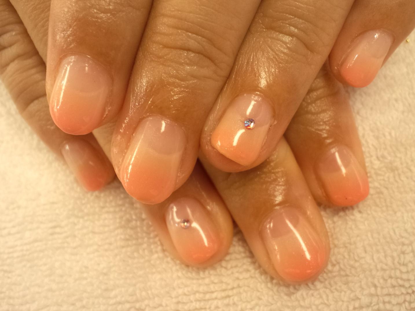 モモネイル ジェルネイル画像 桃ネイル 桃色ネイル画像 フルーティーネイル フルーツネイル 果物ネイル ネイル桃