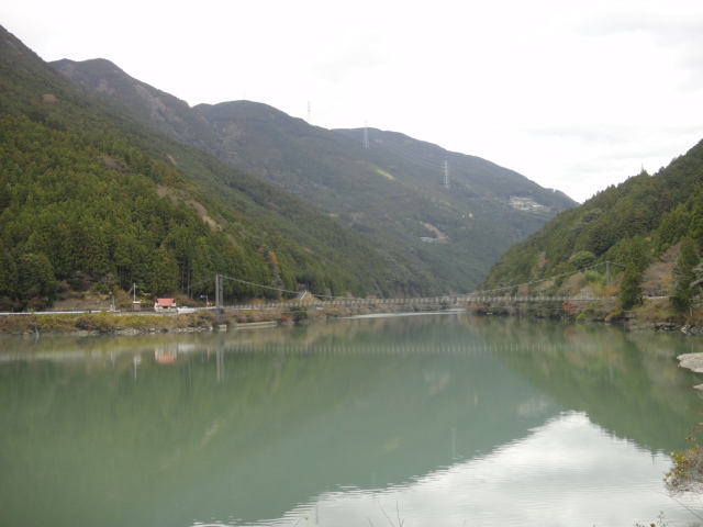 秋葉ダム湖