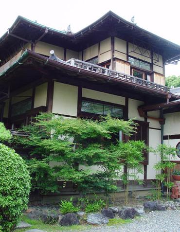 吉田山荘3
