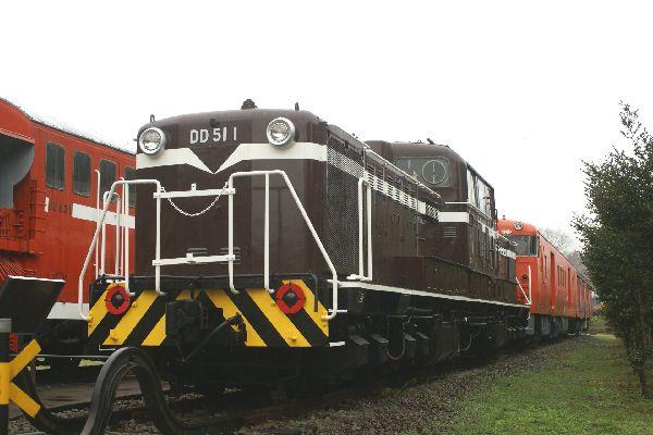 DD51a.jpg