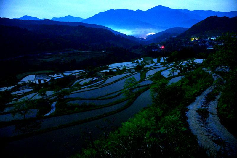 月光の棚田 (高知県 長岡郡 本山町)