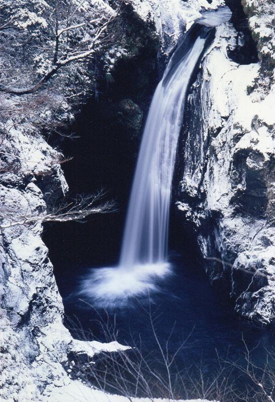 大釜ノ滝 冬景 (徳島県 那賀町 大釜ノ滝)
