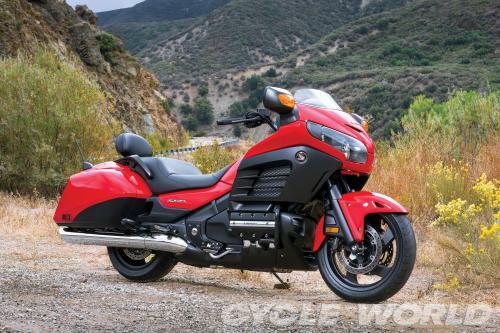 2013-Honda-gl1800-F6B_006_convert_20131114204215.jpg