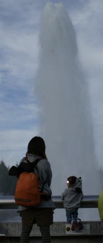 噴水にびっくり