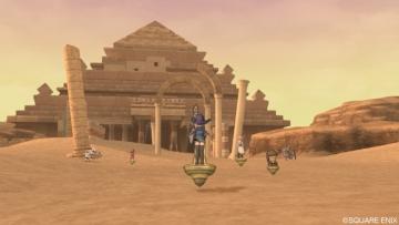 ピラミッドへと・・・