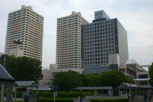 新浦安駅南口