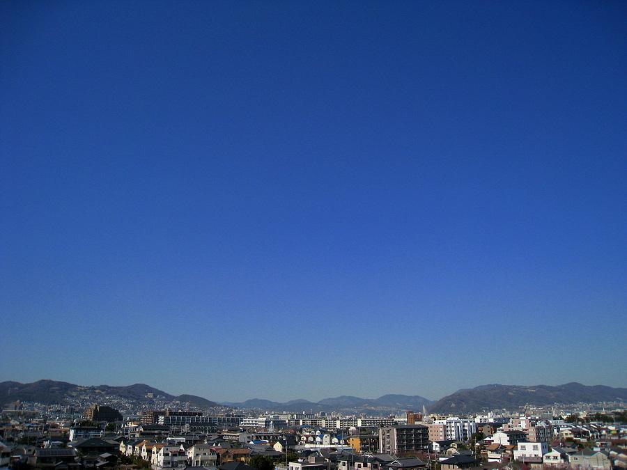 今日昼下りの青空(by IXY DIGITAL 910IS)