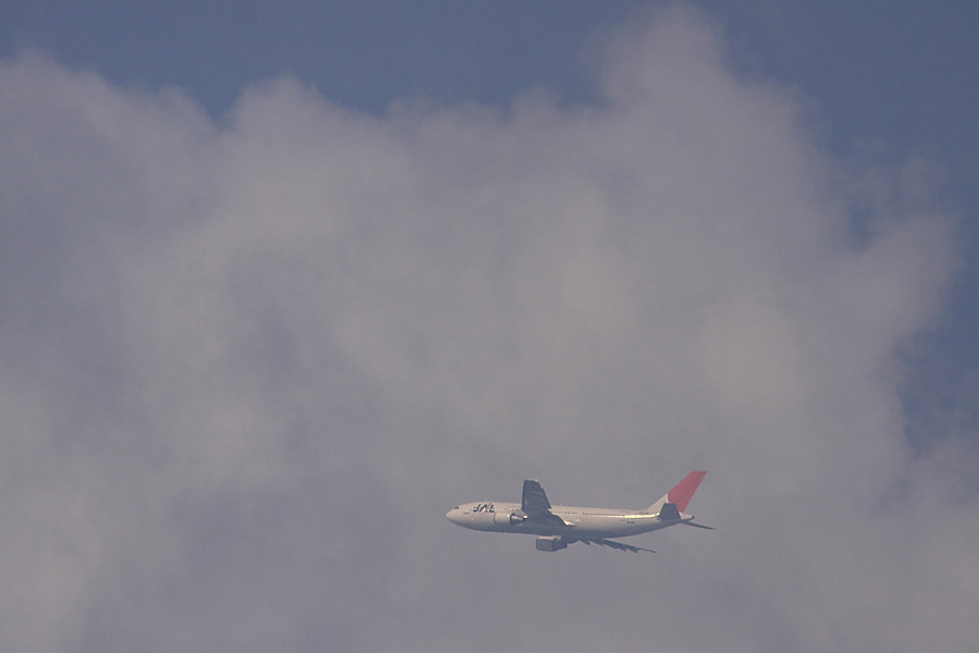 JAL A300-622R JAL106@下河原緑地展望デッキ(by EOS50D with SIGMA APO 300mm F2.8 EX DG/HSM + APO TC2x EX DG)