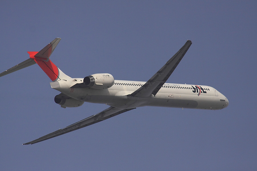 JAL MD-90 JAL2383@下河原緑地公園展望デッキ(by EOS50D with SIGMA APO 300mm F2.8 EX DG/HSM + APO TC2x EX DG)