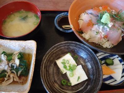 2012.04.18 ミンナ食堂 001