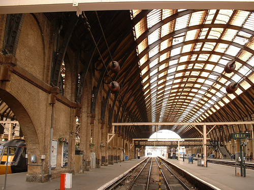 Kings_cross_station[1]
