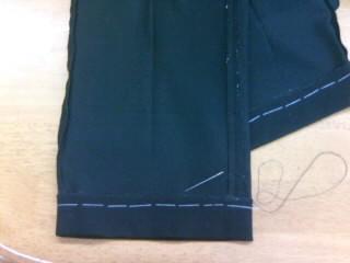 まつり縫い中(+o+)