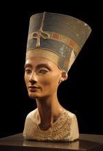 409px-Nofretete_Neues_Museum_convert_20110102100407.jpg