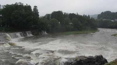 三日月の滝1
