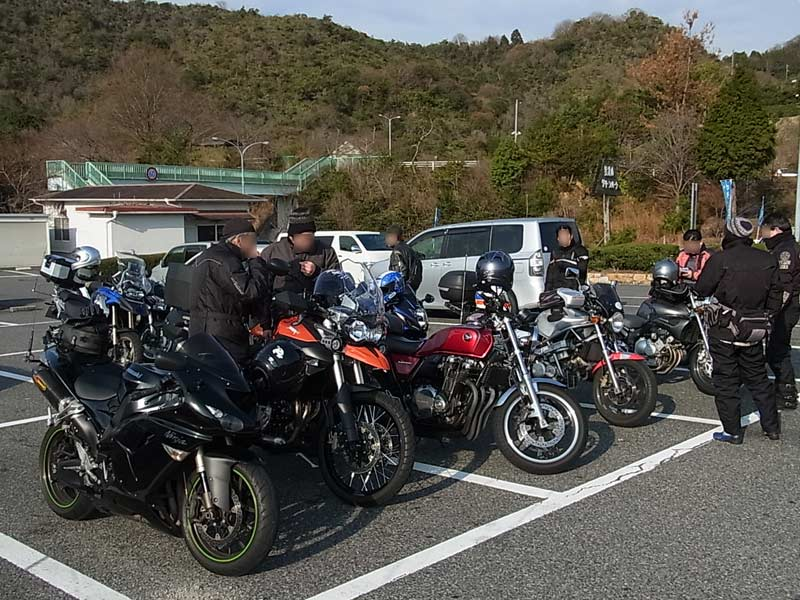 01kuroi20121223.jpg