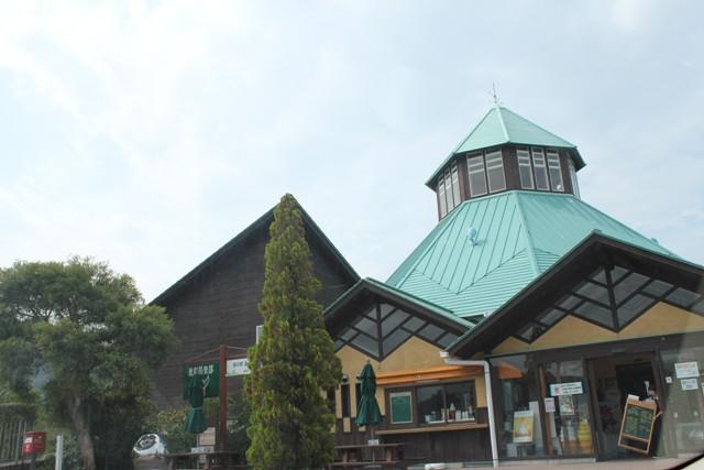 開店前の枇杷倶楽部
